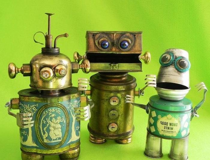 Juguetes diseñados con latas recicladas